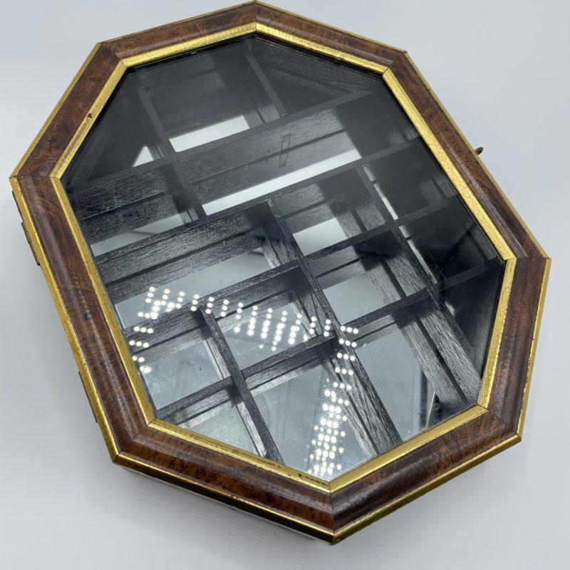 vitrine miroir vintage
