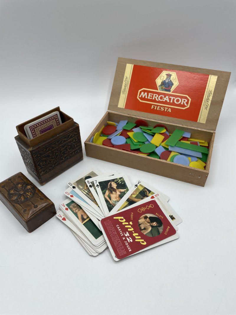 jeux carte vintage pinup