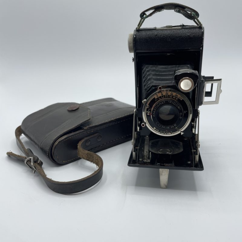 appareil-photo-vintage-lumiere-lumirex-soufflet-anastigmat